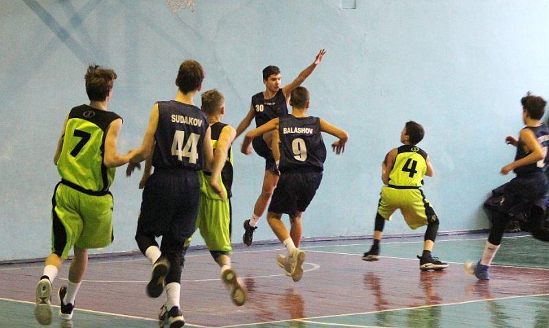 Команди юнаків зіграли в Запоріжжі матчі ВЮБЛ