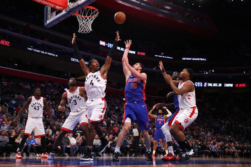 Святослав Михайлюк показав хорошу гру і допоміг Детройту перемогти в матчі НБА
