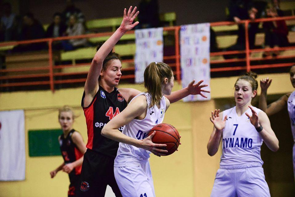 Динамо перемогло Франківськ у першому матчі бронзової серії жіночої Суперліги