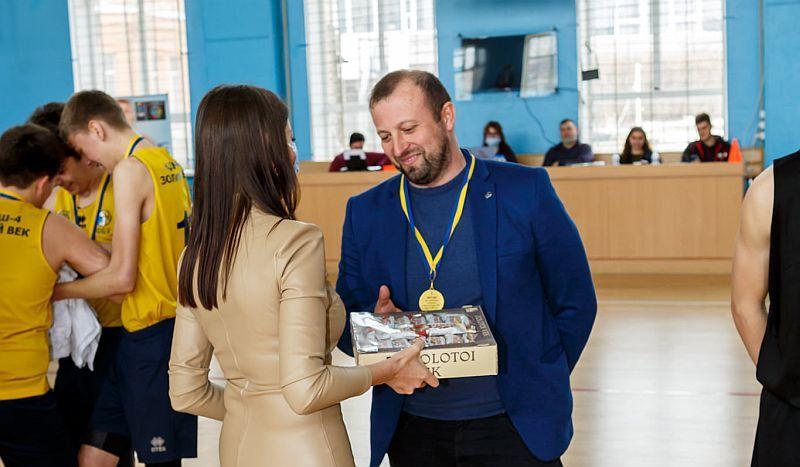Андрій Бабенко: насправді перемоги у ВЮБЛ здобувалися досить важко