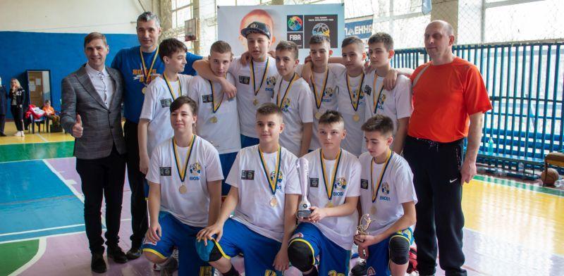 Баскетболісти Світловодська перемогли у ВЮБЛ: фотогалерея