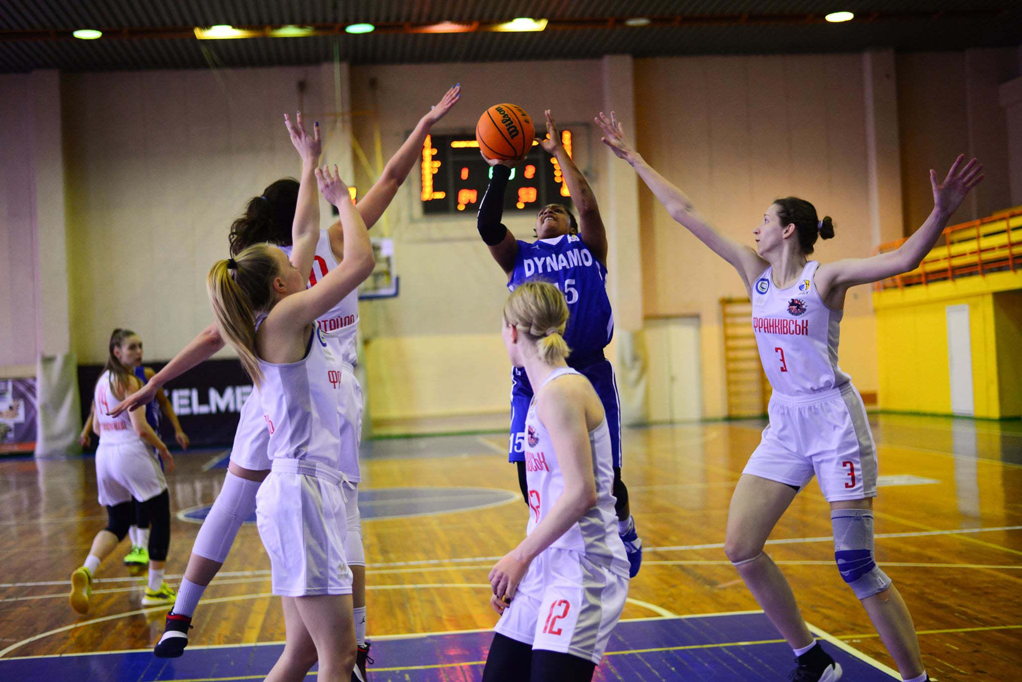 Франківськ – Динамо: анонс третього поєдинку бронзової серії жіночої Суперліги