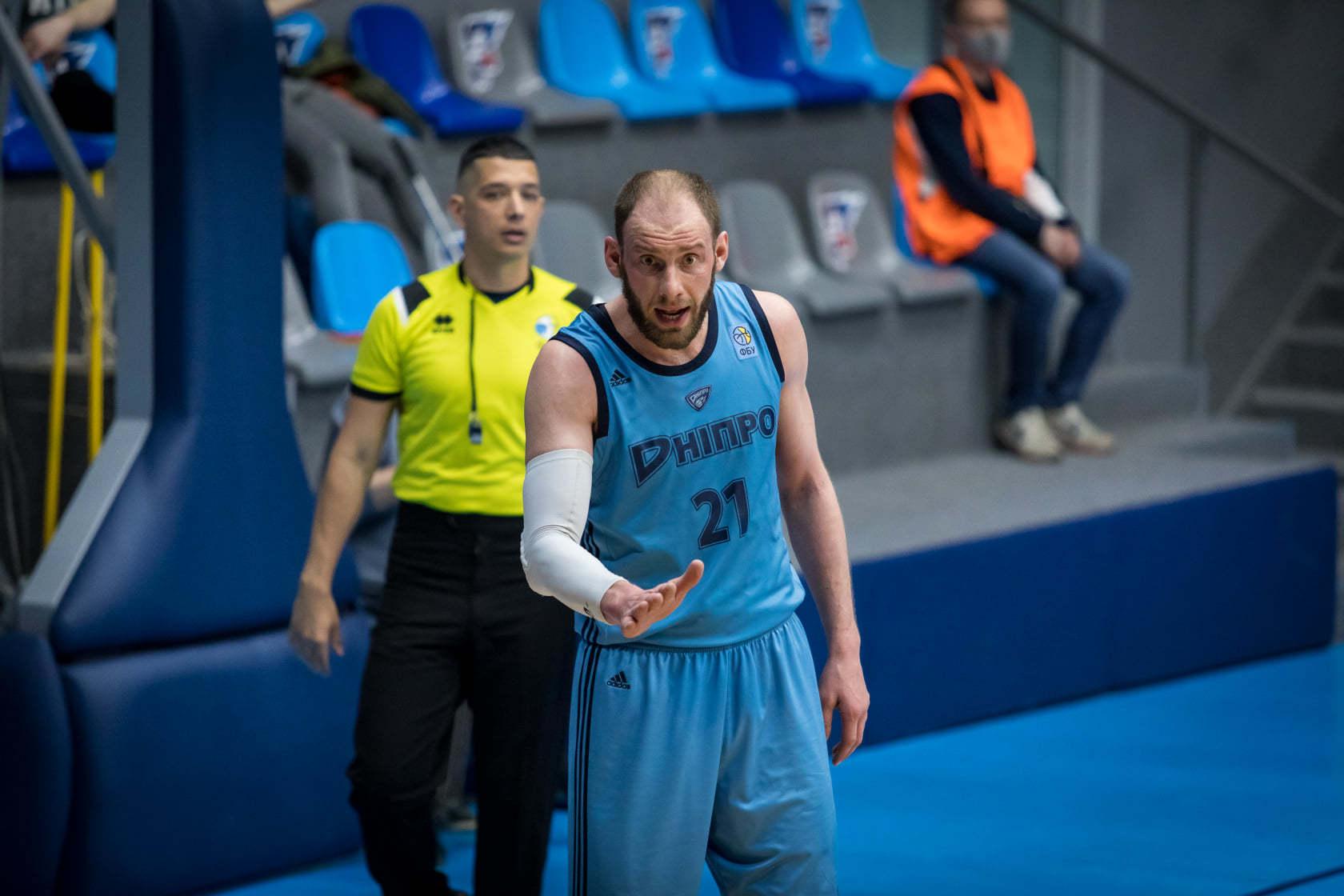 Тернопіль вперше в історії переміг Дніпро: відео коментарів після гри