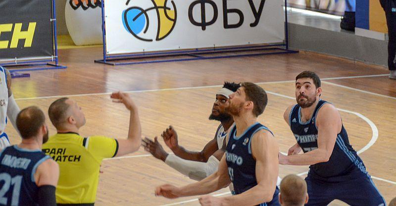 Впевнена перемога Дніпра в Одесі: відео коментарів