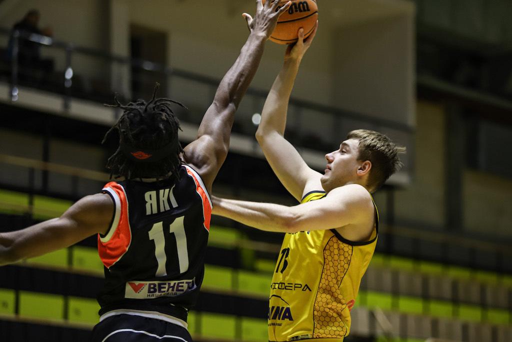 Київ-Баскет переміг Черкаські Мавпи та гарантував собі перше місце в регулярному чемпіонаті