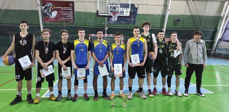 На Прикарпатті відбувся юнацький чемпіонат області з баскетболу 3х3