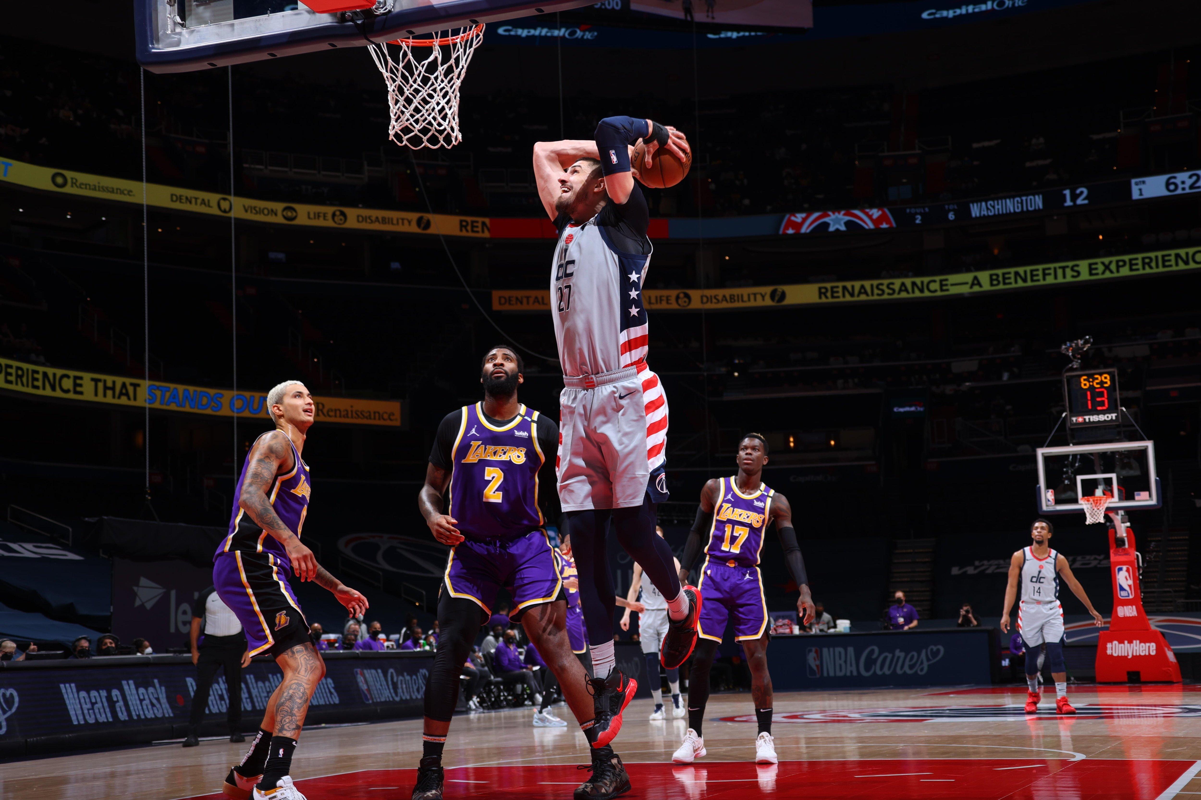 Олексій Лень набрав 18 очок та допоміг Вашингтону перемогти чемпіона НБА
