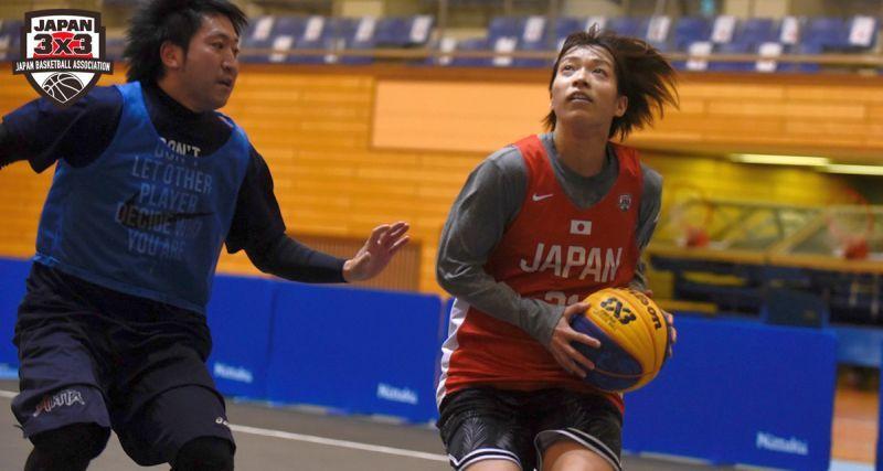 Жіноча збірна Японії тренується на чоловіках перед олімпійською кваліфікацією з баскетболу 3х3