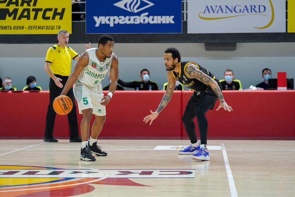 Запоріжжя впевнено виграв четвертий матч серії у Київ-Баскета: хайлайти