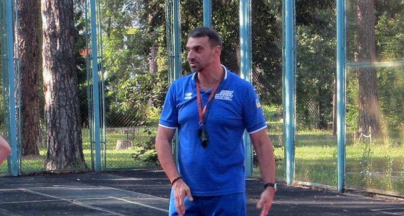 Володимир Холопов: виводимо кондиції гравчинь збірної України на максимальний рівень