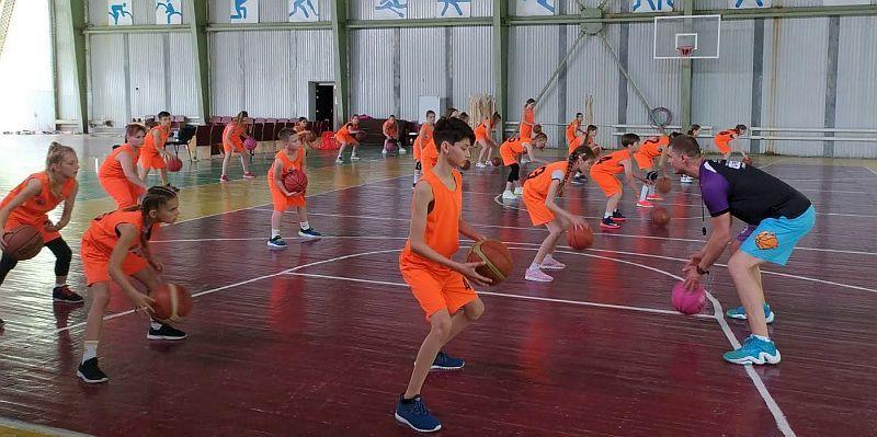 На Житомирщині відбувся навчально-тренувальний збір юних баскетболістів
