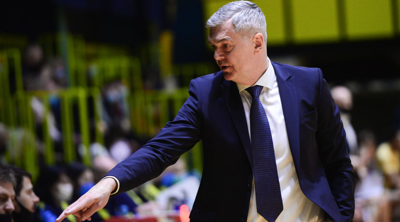 Айнарс Багатскіс тренуватиме Київ-Баскет у сезоні 2021/22