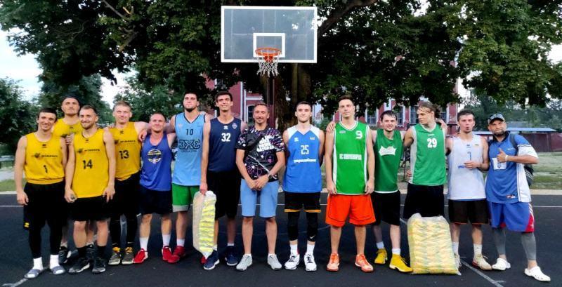 У Путивлі відбувся відкритий Кубок з баскетболу 3х3