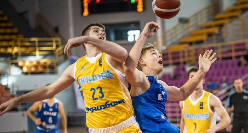 Чоловіча збірна України U-20 стартувала на Єврочеленджері: фотогалерея