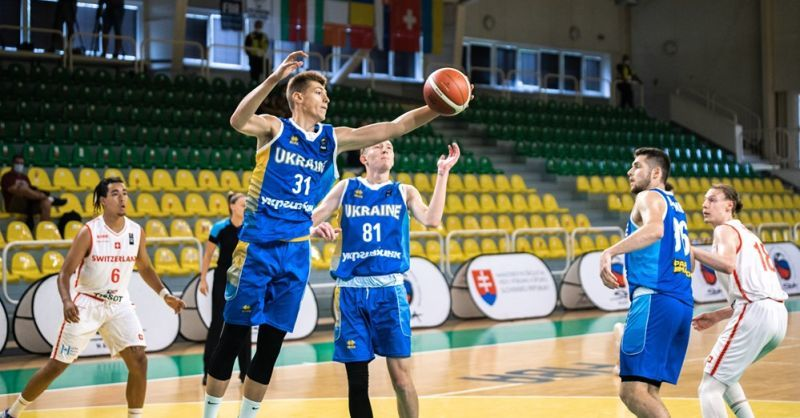 Перша перемога українських юніорів на Єврочеленджері: фотогалерея