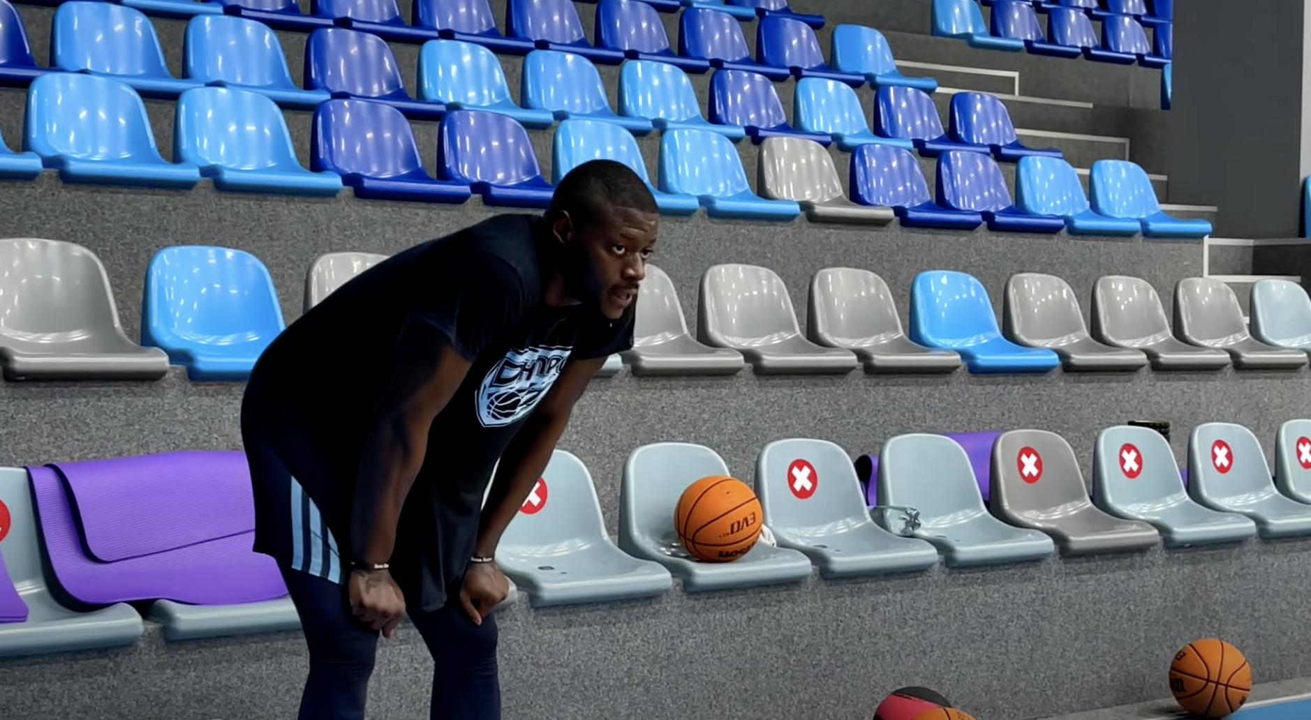 Екс-гравець НБА Роулі Олкінс провів перше тренування з Дніпром: відео