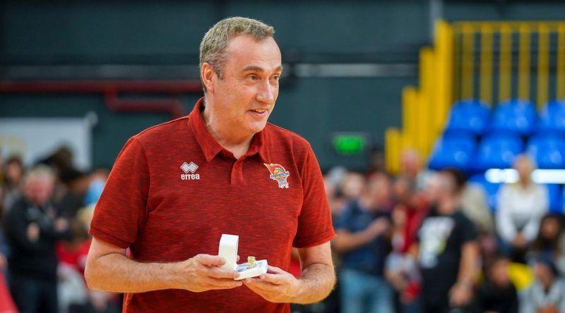 Баскетболісти Прометея отримали чемпіонські персні