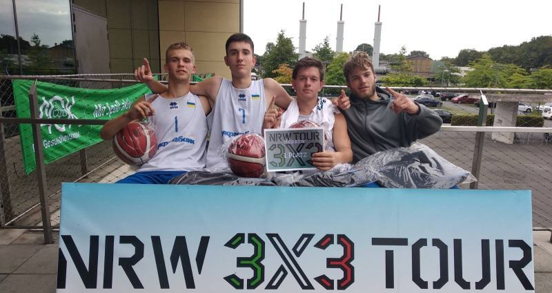 Збірна України U-17 зіграла на контрольних турнірах 3х3 у Німеччині