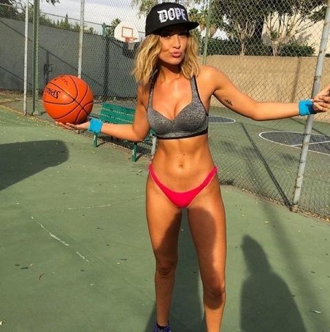 Секс видео баскетболисток сначала