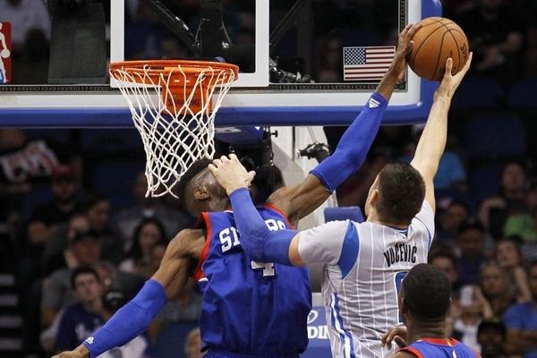 Найкращі блок-шоти в НБА 2015 року: відео