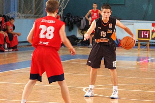 """Підсумки 2015 року в баскетбольній школі """"Черкаських Мавп"""""""