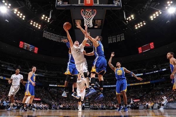 Чемпіон НБА з рекордом програв третій матч в сезоні