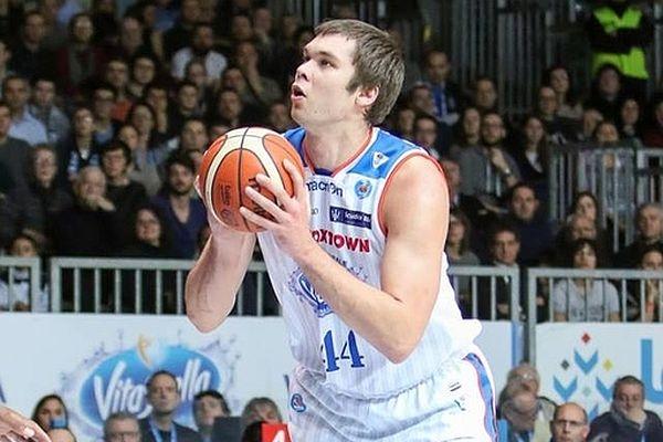 Кирило Фесенко: хочу виграти чемпіонат Італії з Канту