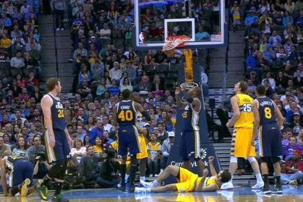 Найкращі трік-шоти січня в НБА: відео