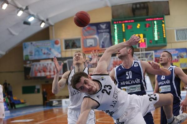 Черкаські Мавпи у матчі з Миколаєвом продовжили серію поразок