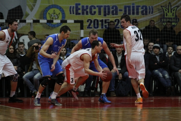 Кривбас здобув важливу перемогу над Динамо