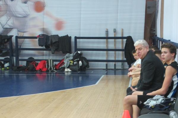 Зиновій Курса: з кожним роком набирати дітей у баскетбол дедалі важче