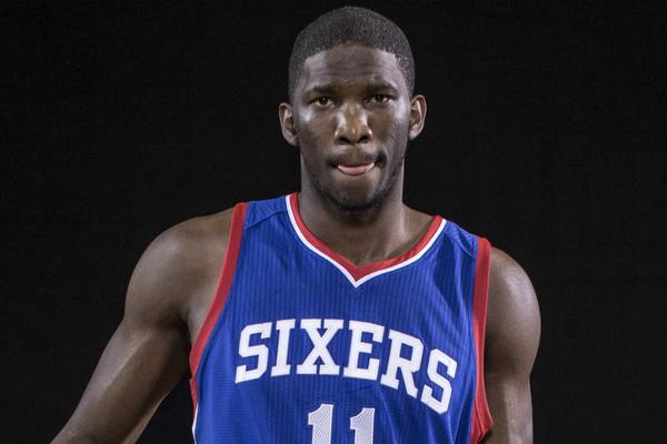 Центровий НБА зіграв проти клубного талісмана