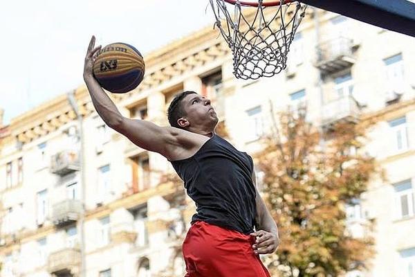 Конкурс данків на фіналі чемпіонату України з баскетболу 3х3