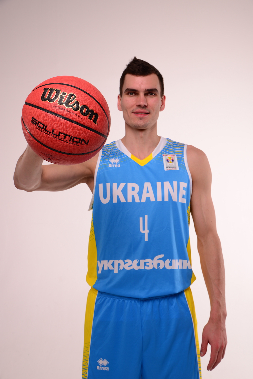 Мяч баскетбольный Wilson SOLUTION FIBA 7